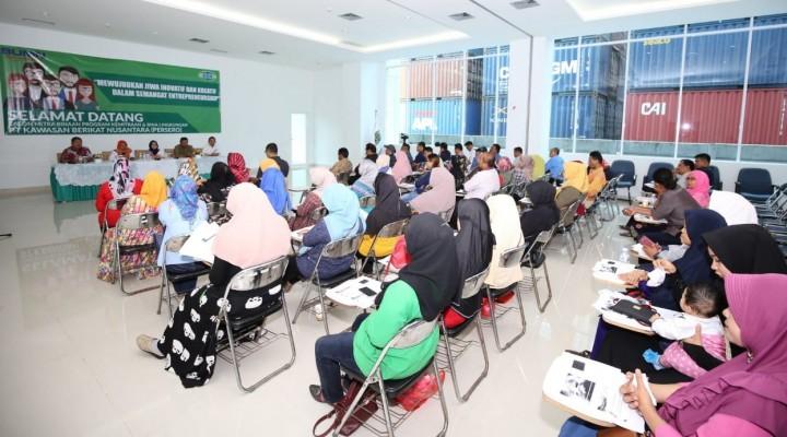 PT KBN Persero Gulirkan Dana PKBL Rp 1 Miliar