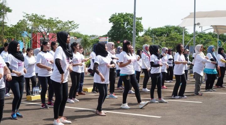 Zumba dan Solusi untuk Perempuan di KBN
